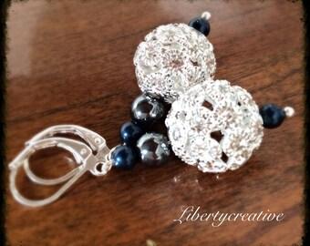 Spheres rhinestone black pearl earrings