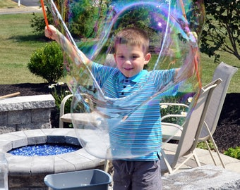 Ginormous Bubble Wand - Child Sized Tri String