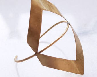 Adagio (Handmade bronze bracelet)