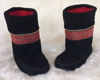 Cobukies - Women's Handmade Short Black Boots with Ukrainian Design