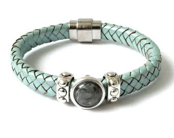 Tough vintage green braided leather ladies bracelet