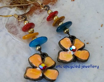 Drop earrings / Dangle earrings / Enamelled flower earrings