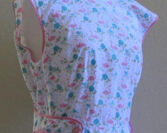 Vintage 70s Full Cover Wrap Around Apron w/Cute Pink Flamingos