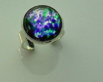 Purple green cabochon ring