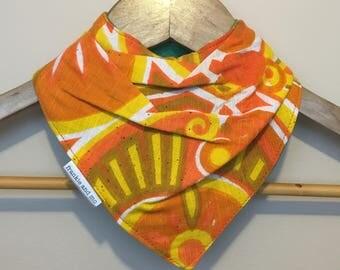 the bandana bib - vintage orange geo