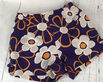 Vintage 60s Paradise Hawaii Purple Floral High Waist Shorts Size 10 B2
