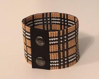 Tartan bracelet - Mens bracelet - Beaded bracelet - Loom beaded bracelet - Mens cuff bracelet