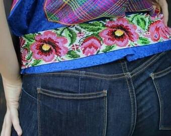 Handmade beadwork belt / belt Huichol Art / Mexican flower belt