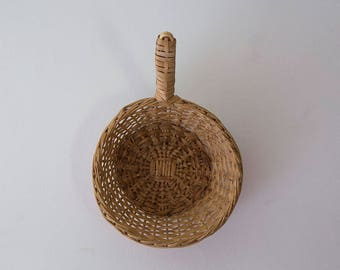 Vintage woven wall basket with handle, Scoop Basket, Wicker, Rattan, Boho, Eclectic, Decor, Jungalow