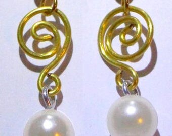 Earrings two tone. Free gift wrapping!