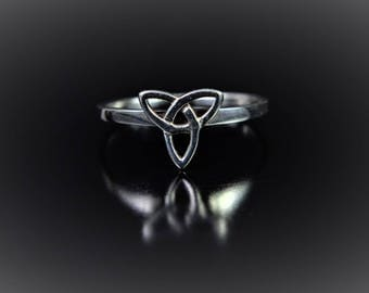 Sterling Silver Ring of a Celtic Trinity Knot