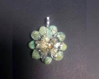 Flower pendant with real flowers, resin flower