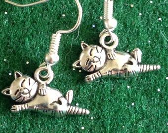 Cat Kitten Earrings, 925 Silver Ear Wires, Sleepy Cat, 3D