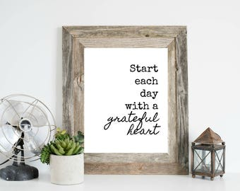 Start each day with a grateful heart, Printable Quote, Bathroom Printable, Bathroom Print, Home Office Wall Art, Typography Wall Art