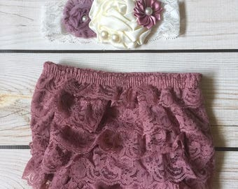 Baby girl Mauve Lace Bloomers / Lace ruffle bottoms / Diaper cover / cake smash outfit