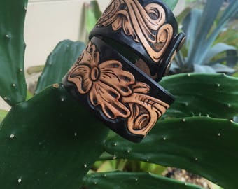 Tooled cuff Black and Tan