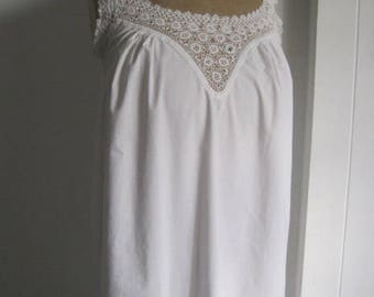 French vintage linen white dress / night dress