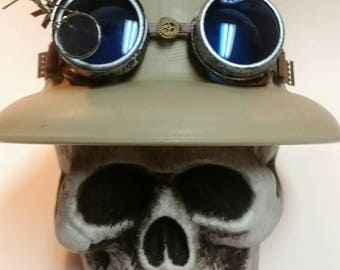 Steampunk Pith Helmet with goggles
