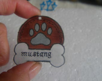 personalized crazy plastic dog Medallion