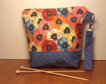 Small flowered project bag, sock project bag, WIP bag, project bag, zipper bag, knitting bag, sock sack, project bag for knitting zippered
