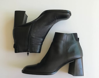 Minimal Block Heel 90s Vintage Nine West Ankle Boot