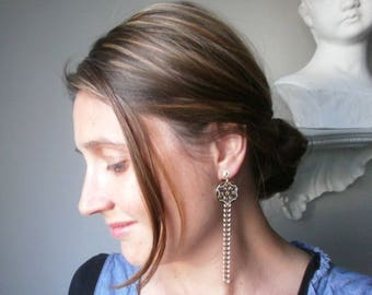 Earrings gold dangle vintage retro brass enameled/old pink, arabesque metal prints