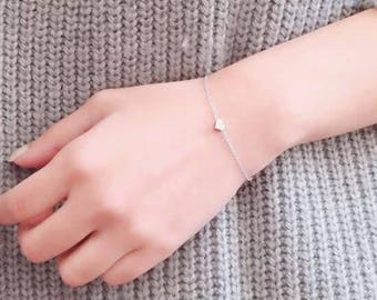 24/7 Jewelry Collection Hearts bracelet-Simple-Minimalist-Heart-silver