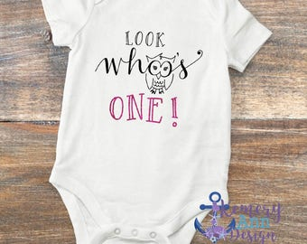Looks Who's One, Look Whoo's One Bodysuit, Owl First Birthday Shirt, Girls First Birthday Shirt, Boy First Birthday Shirt, Woodland Birthday