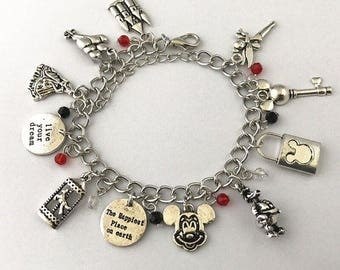 Disney World Lobster Clasp Charm Bracelet in Gift Box-FREE Domestic Shipping