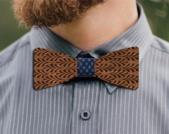 Mont Blanc wooden bow tie