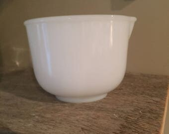 Glasbake 20CJ for Sunbeam Mixing Bowl with Spout