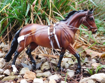 Lunge Harness for Model Horses (1:9)