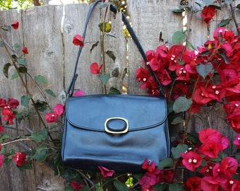 vintage navy blue leather purse 1960's great condition
