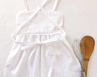 White vintage pinafore apron toddler dress artist chef pretty easter gift princess cinderella valentines bake cook frilly maid pilgrim amish