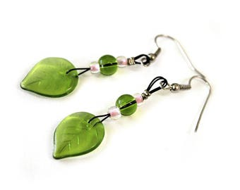 Earrings green leaves and pink seed beads