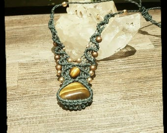 macrame necklace with Tiger eye stone
