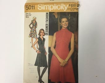 1970s Simplicity 5011 Misses' Dress with Bias Skirt Sewing Pattern Designer Fashion
