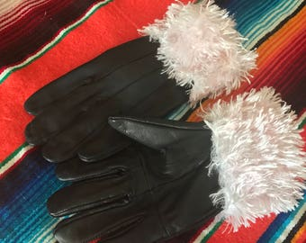 Gloves with furry cuff