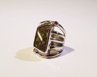 Ammolite and Pink Sapphire Ring