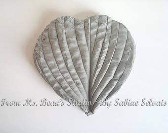 Heart-shaped Cement Leaf Casting Decoration
