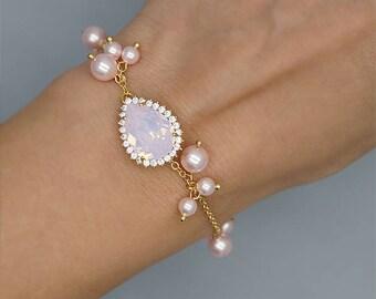 Baby Pink Bracelet, PInk Bridal Bracelet, Pink Bridesmaid Jewelry, Rose gold Wedding Bracelet, Pink Bridesmaid Bracelet, Bridesmaid gift