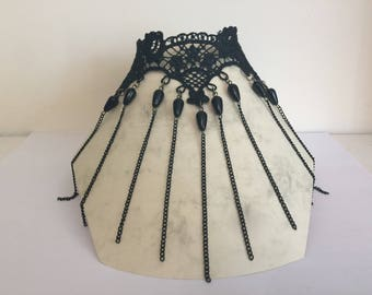 Choker Gothic burlesque black pearls lace and black chains