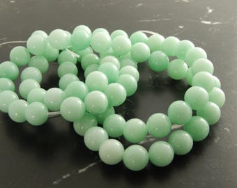 Green Jade opaline10mm, ref 414 10 beads
