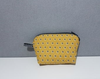 """Wallet trendy and stylish fabric """"Graphic"""", 11 cm x 8 cm x 3 cm at the base"""