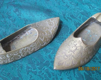 Two Mini Brass Shoe/Slipper Ashtrays -- Made In India- 1950-60's era Heavy etched facile