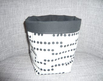 small dish, basket or paniere black and white graphic