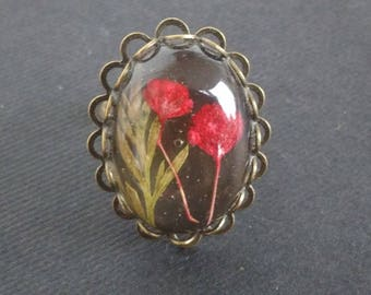Low price: ring with dried poppy flowers