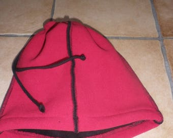 CAP or neck cords, stopper and Red fleece