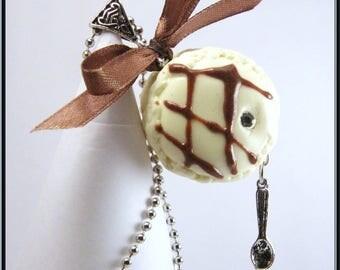 Macaroon vanilla Fimo necklace, ball chain.
