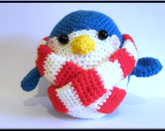 Little Amigurumi Penguin crochet acrylic yarn.